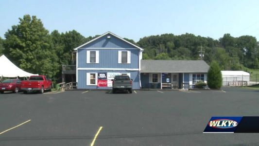 Shepherdsville bar owner asking city to extend hours of alcohol service