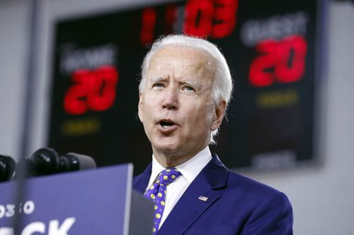 Poll: Biden maintains 10-point national lead over Trump
