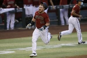 Calhoun's inside-the-park HR sparks D-backs past Astros 14-7