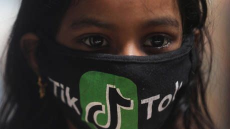 TikTok violates children's privacy & feeds them with Nazi memes, media and NGOs wail - just in time to justify US ban