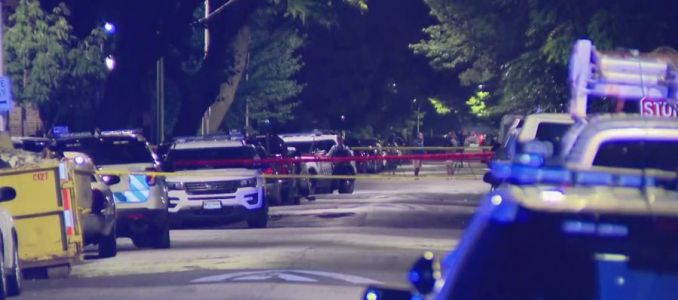 Chicago officer shot on West Side; suspect in custody