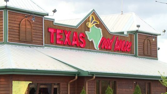 COVID-19 outbreak identified at Crystal Lake Texas Roadhouse