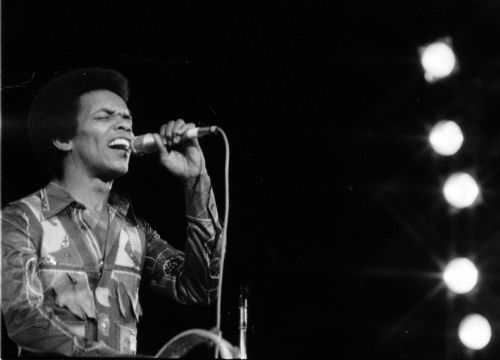 Johnny Nash, singer of 'I Can See Clearly Now,' dead at 80