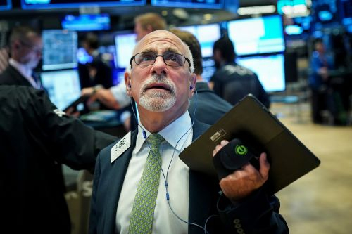 Treasury yields invert, signaling possibility of recession