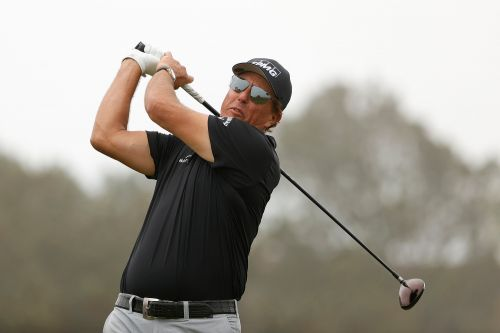 Oddsmakers, bettors have different view on Phil Mickelson's US Open chances