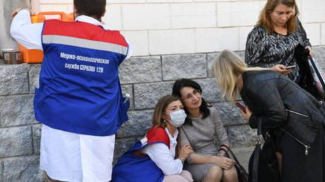 Russians queue up to donate blood for victims of Kazan high school shooting that left nine dead & more than a dozen injured