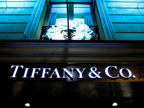LVMH has agreed to buy Tiffany & Co at a $400 million discount on the original price, ending a bitter dispute. It's still the luxury sector's biggest-ever deal