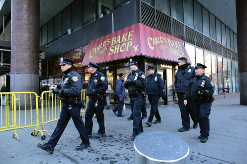 Panhandler stabbed outside Carlo's Bakery in Times Square