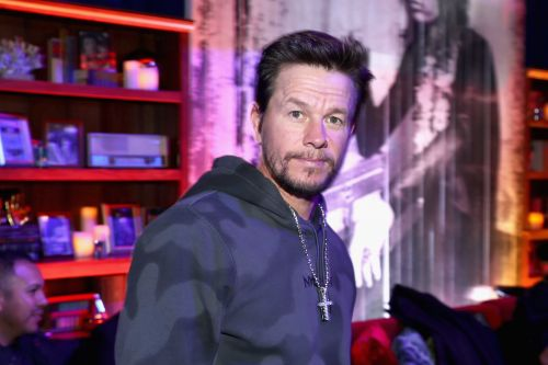 Mark Wahlberg donates 1.3 million face masks to schools around the country