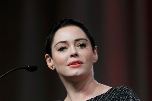 Rose McGowan writes forward for witchcraft book