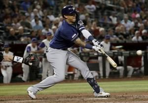 Arcia delivers late, Brewers add on in win over D-backs