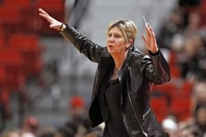Texas Tech AD apologizes to team after firing Stollings