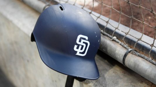 Padres fan starts brawl after knocking out Rockies fan cold with one punch