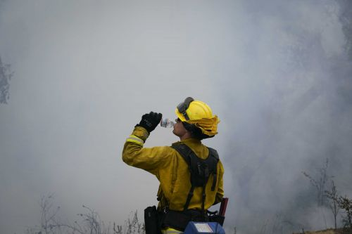 Weary fire crews prepare for weekend heat wave, possibility of more fires