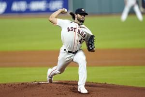 McCullers throws 7 scoreless, Astros beat Giants 6-4
