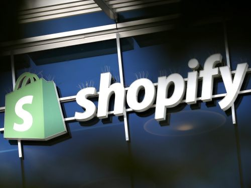 Shopify is losing nearly half of its C-suite, including key tech leadership. Analysts worry about what it means for its $1 billion plan to take the fight to Amazon