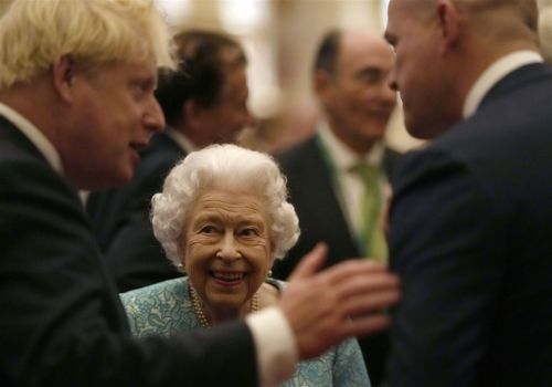 Queen accepts medical advice to rest for few days, cancels N. Ireland trip