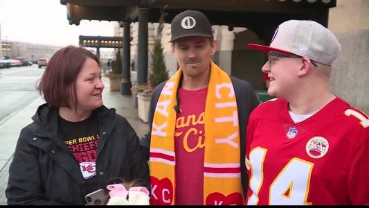 Teen battling cancer surprised with funds for Super Bowl trip