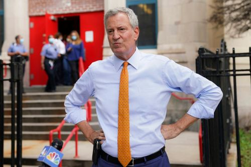 De Blasio reacts to Trump's claim that NYC is a 'ghost town'