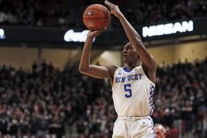 No. 15 Kentucky pulls out 76-74 OT win at No. 18 Texas Tech