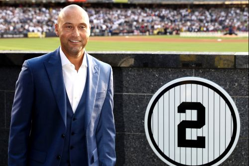 Yankees retired numbers and the baseball legends who wore them