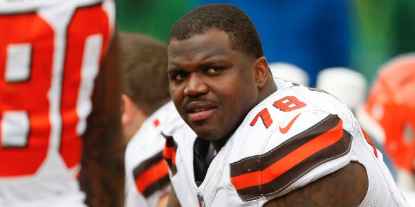 Cleveland Browns offensive tackle Greg Robinson is facing federal drug charges after police found a whopping 157 pounds of marijuana in his rental car