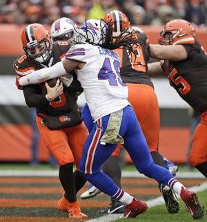 Influence of Bills' Edmunds growing on and off the field