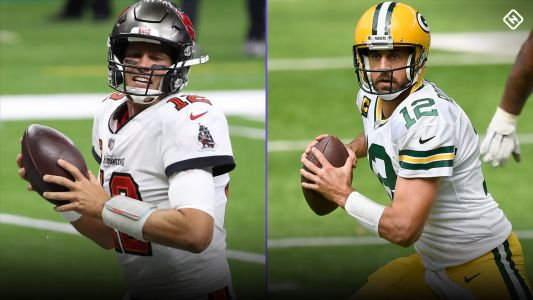 Aaron Rodgers vs. Tom Brady: Inside the numbers as future Hall of Fame QBs meet for fourth time