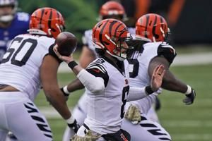 Downtrodden Bengals will stick with QB Allen, for now