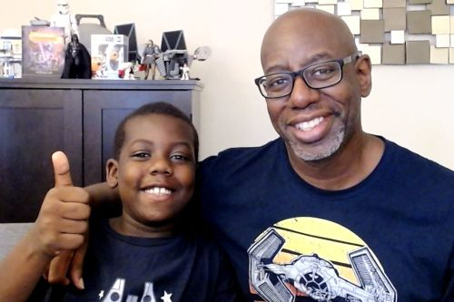 'Nerd' dad and adorable son bond in their new 'Star Wars' podcast