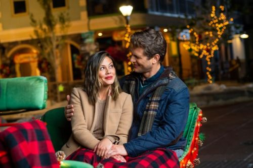 Series veterans visit 'Main Street' in Lifetime holiday movie