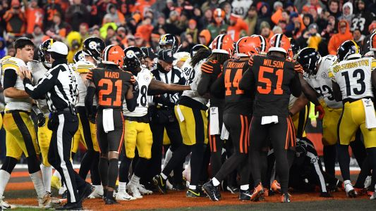 'That's assault': NFL players react to Myles Garrett's helmet-swinging attack in Steelers-Browns melee