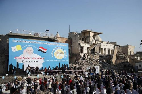 Pope Francis visits Iraq's ruined city of Mosul