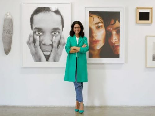 A millennial founder who's melding the physical art world with crypto shares 4 things investors need to know as online art sales hit record highs - and names 7 emerging artists to watch