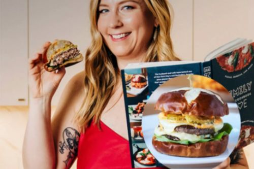 """Goldbelly Live Will Teach Dad How To Make Emmy Squared's Famous """"Le Big Matt Burger"""" At Home"""