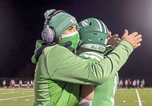 Coach's kid leads the way as South Fayette continues playoff push