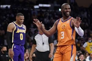 Dwight, AD downplay confrontation in Lakers' loss to Suns