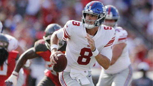 Giants win Daniel Jones' debut after Buccaneers miss last-second field goal