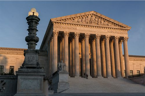 By 5-4 Vote, Supreme Court Lifts Restrictions on Prayer Meetings in Homes