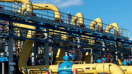 Gazprom's exports of natural gas approaching historic highs