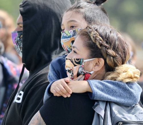 Q&A: Stanford law professor explains face mask order legality