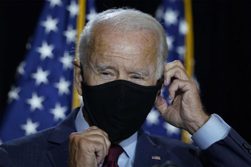 Biden calls on Trump to issue nationwide mask mandate