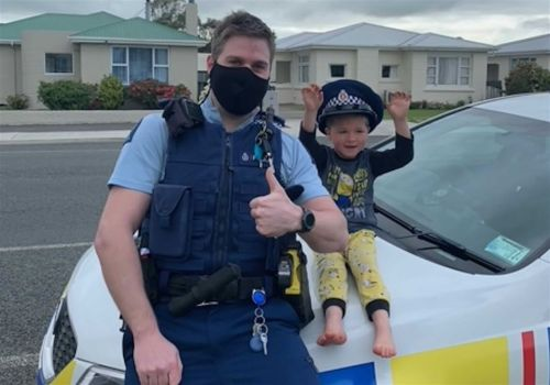Little boy in New Zealand calls police to report his toys are 'cool'; responding officer agrees
