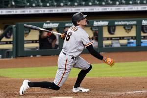 Crawford's RBI in 10th lifts Giants over Astros 7-6