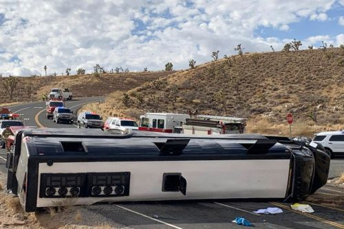 1 dead, 2 critical after bus bound for Grand Canyon rolls over