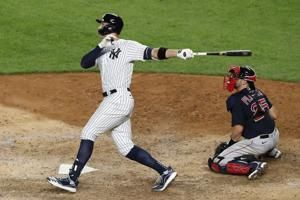 Red-hot Judge powers streaking Yankees past Red Sox 9-7