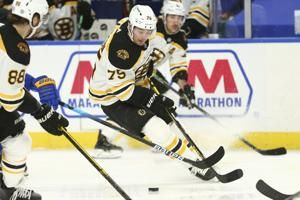 Rask, Bruins blank Sabres 2-0 for 5th consecutive victory