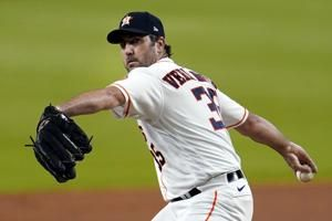 Astros' Verlander needs elbow surgery, likely out thru 2021