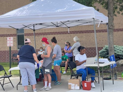'Needle in a haystack': Douglas County's pop-up clinics attract pockets of unvaccinated residents