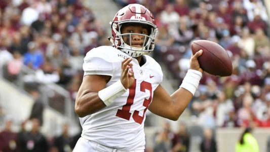 Alabama quarterback Tua Tagovailoa suffers season-ending hip injury, report says